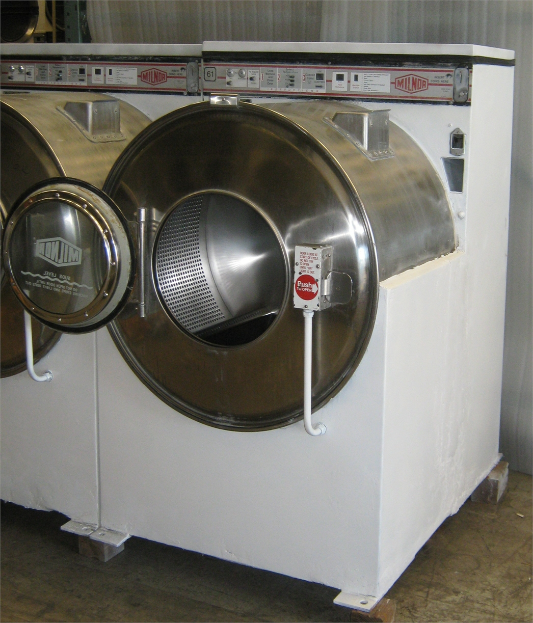 Maytag Washer Extractor ~ Milnor front load washer lb c a